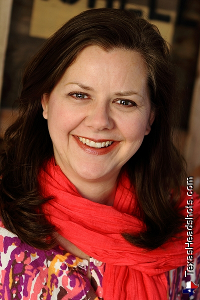 Dallas Actor Headshot - Distracting Clothing - Leigh Moore 4952